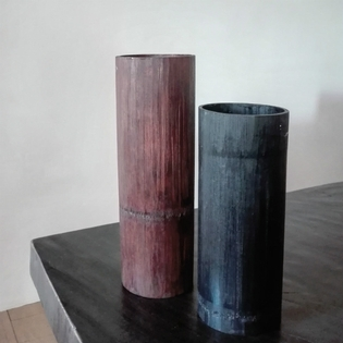 Pair of bamboo recepients black and brown