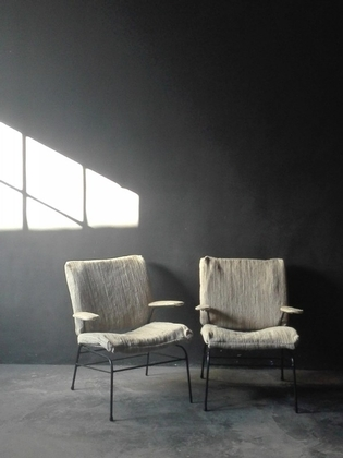 Pair of shabby chic italian armchairs with black metal feet