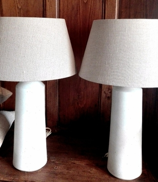Pair of white ceramic tablelamps and shades